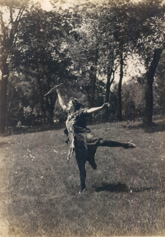 10c dancing Ann